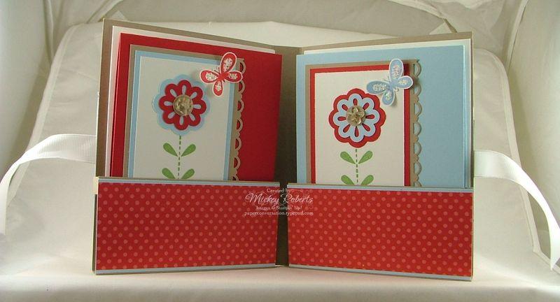 Bold_Blossom_Stationery_Folder_Inside