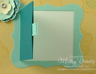 Closeup_Curly_Label_Frame_Open