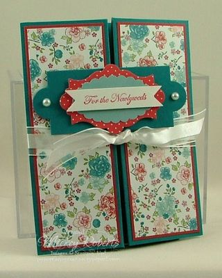 Layered_Labels_Box_Card