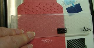 Valentine_Pouch_Embossing
