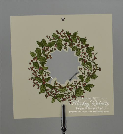 Peaceful_Wreath_Pillowbox_Inset1