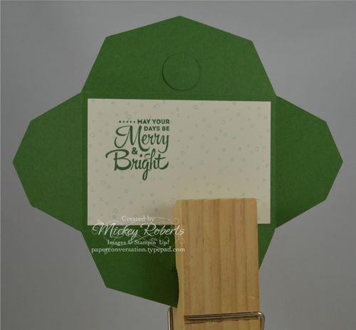 Skating_Santa_Gift_Card_Envelope_Inside