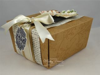 Choose_Happiness_Gift_Box_Side